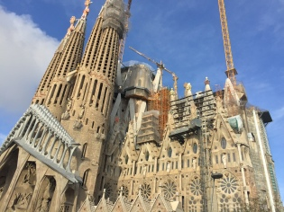 La Sagrada Familia - by day