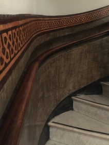 Geek shot, a recessed handrail in Museu Picasso